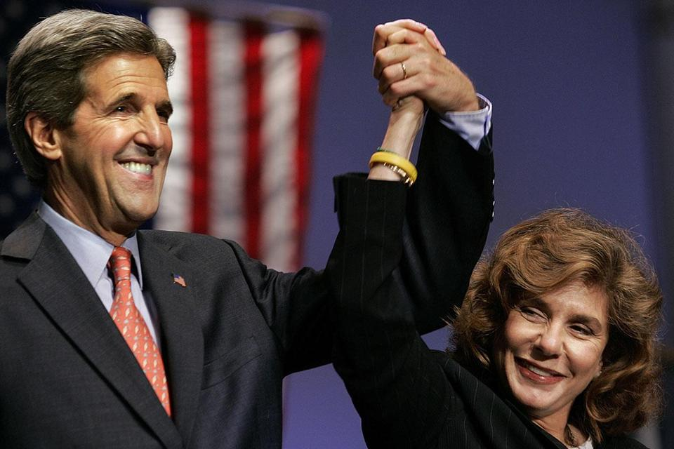 Senator John Kerry and Teresa Heinz Kerry after a 2004 speech he delivered in Ft. Lauderdale, Fla.