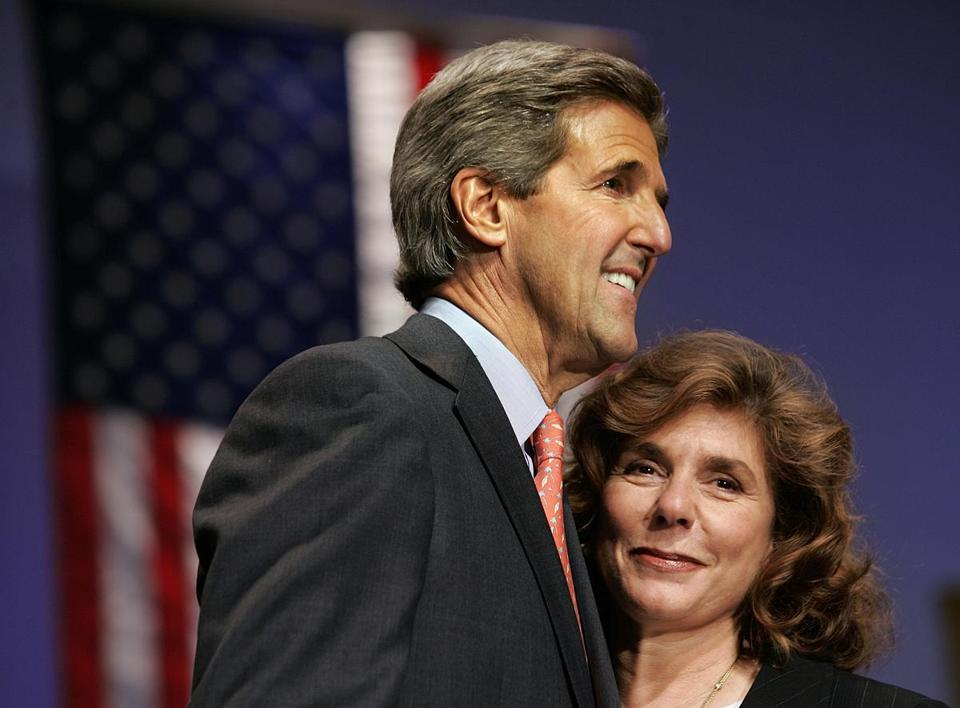 Teresa Heinz Kerry (right) attended a speech delivered by her husband, then-Senator John Kerry, in Florida.