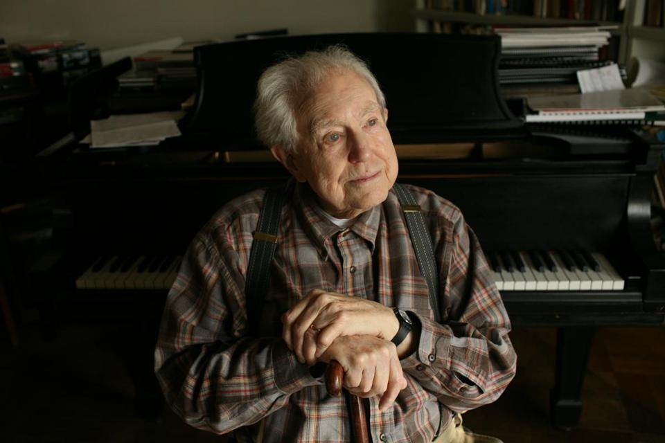 Elliott Carter (pictured), influenced by friend and composer Conlon Nancarrow , explored a new style of tempo in String Quartet No.1.
