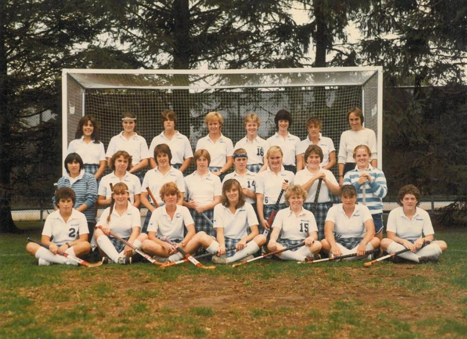 The 1983 Wheaton College field hockey team, which was the school's first field hockey team to advance to the NCAA tournament, will reunite when it is inducted into the school's athletic hall of fame.