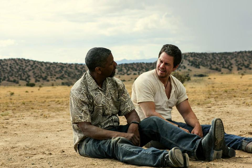 "Denzel Washington (left) and Mark Wahlberg in ""2 Guns."""