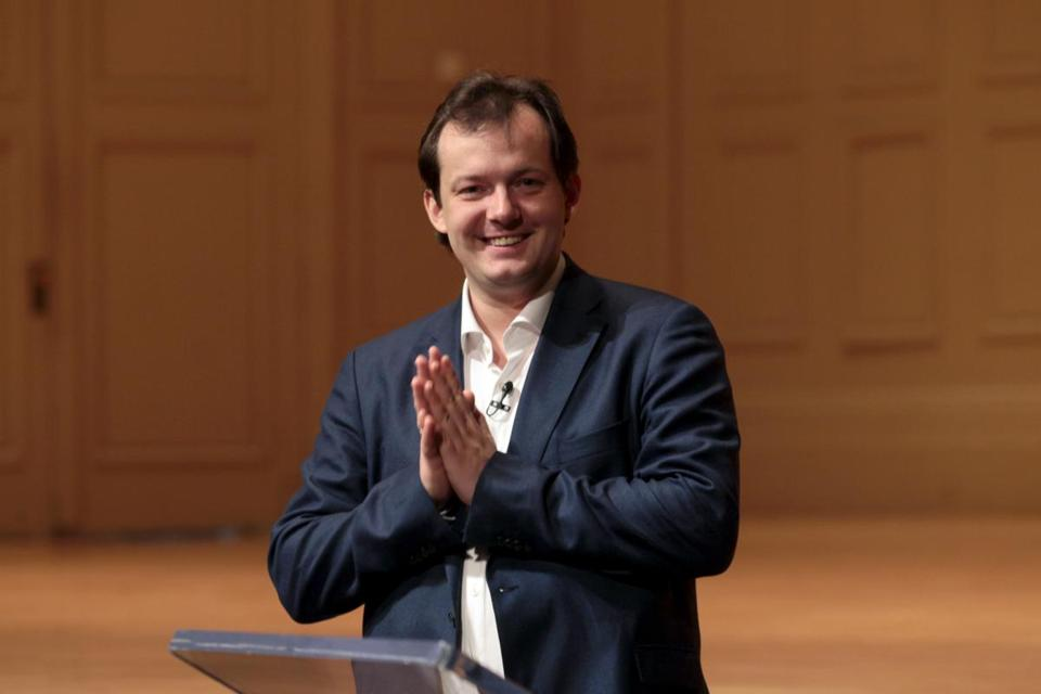 Andris Nelsons, who  signed in May to become the next music director for the Boston Symphony, announced today that has decided not to renew his contract with City of Birmingham Symphony Orchestra.