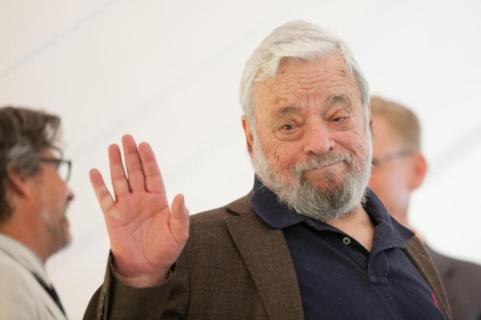 "Broadway composer and lyricist Stephen Sondheim waves after accepting the Edward MacDowell Medal for lifetime achievement at the MacDowell Colony in Peterborough, N.H., Sunday. Sondheim's work includes ""West Side Story,"" ""Sweeney Todd,"" and ""A Little Night Music."""