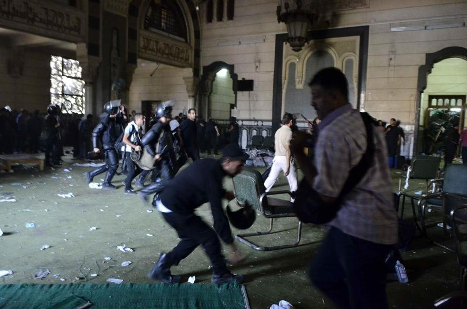 Egyptian riot police gained entry to Cairo's Al-Fath mosque where supporters of ousted president Mohamed Morsi hid overnight.