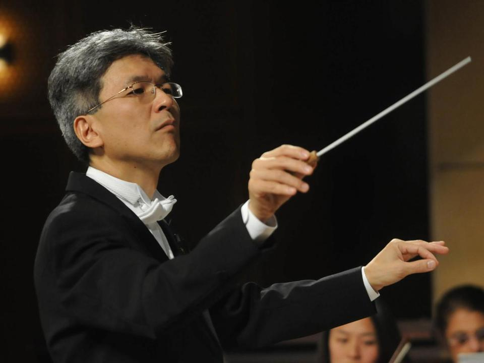 Music director Yoichi Udagawa will lead the Cape Ann Symphony Saturday as it opens its 62d season with guest cellist Owen Young.
