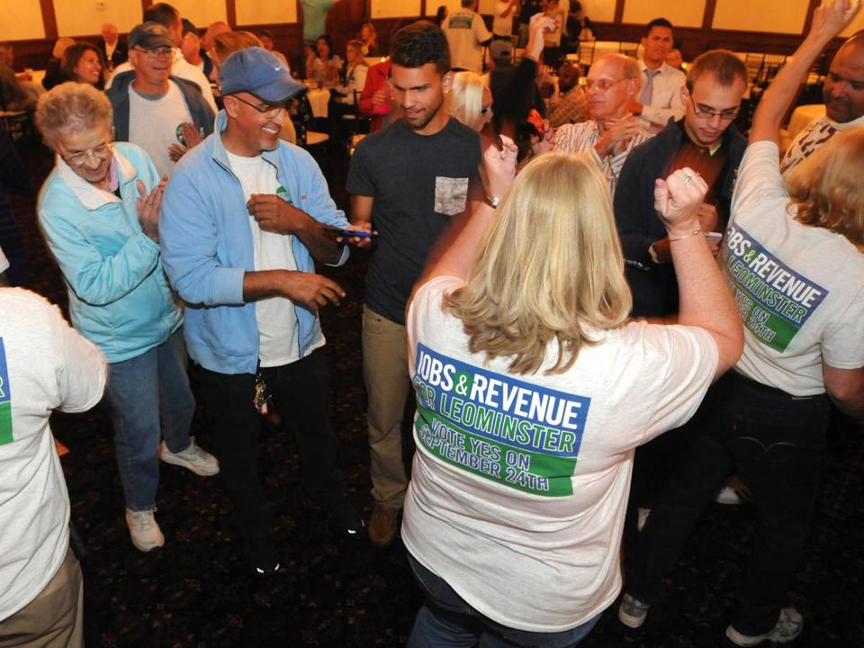 Casino supporters in Leominster celebrated Tuesday night after voters approved a plan to build a $200 million gambling, dining, and entertainment hall in the city.