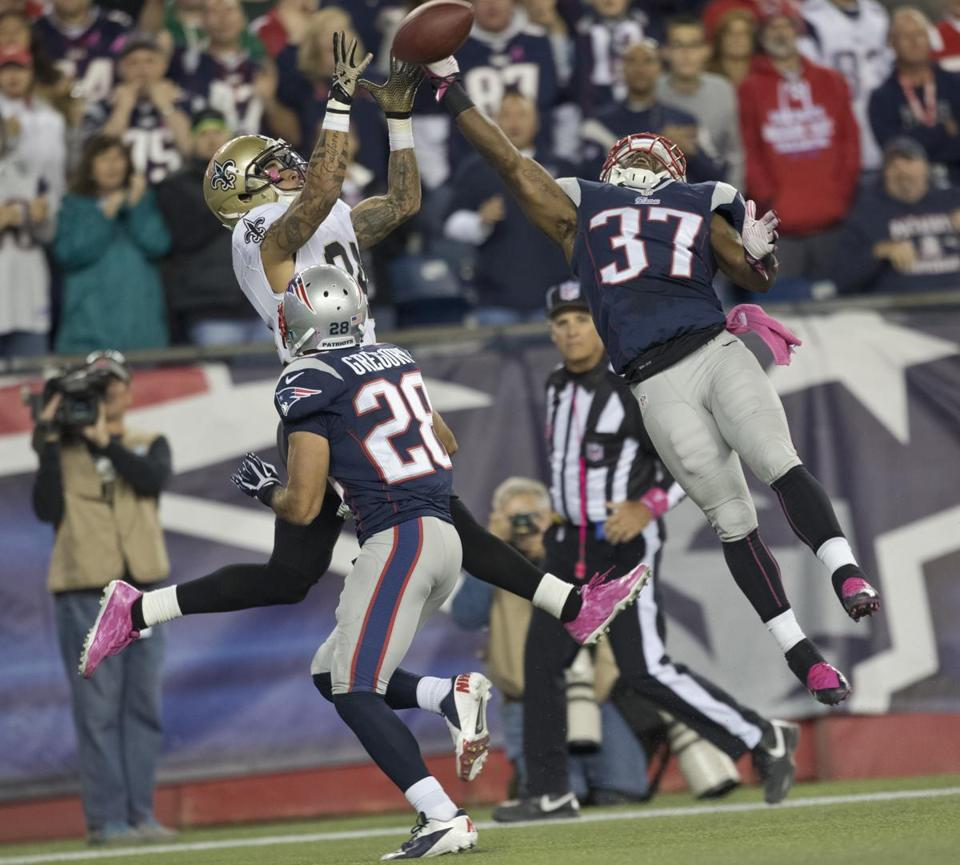 The Saints' Kenny Stills hauls in a touchdown over the outstretched arm of Alfonzo Dennard.