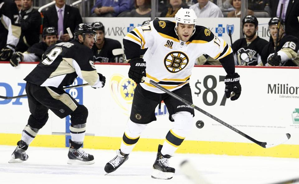 Milan Lucic skated with the puck during Wednesday's game in Pittsburgh.