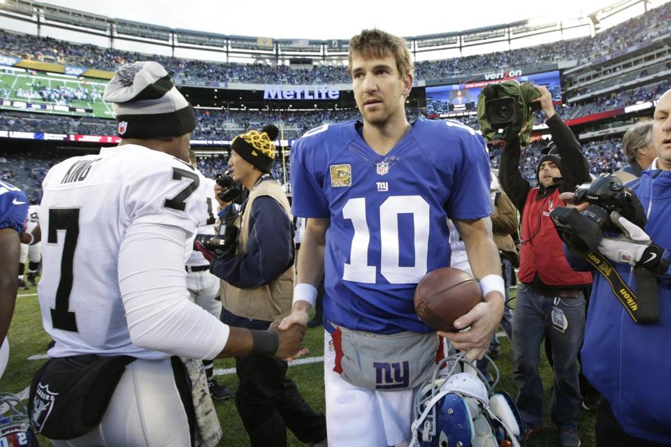 The Giants and quarterback Eli Manning didn't look to score at the end of the game, a move that surely left some bettors upset.