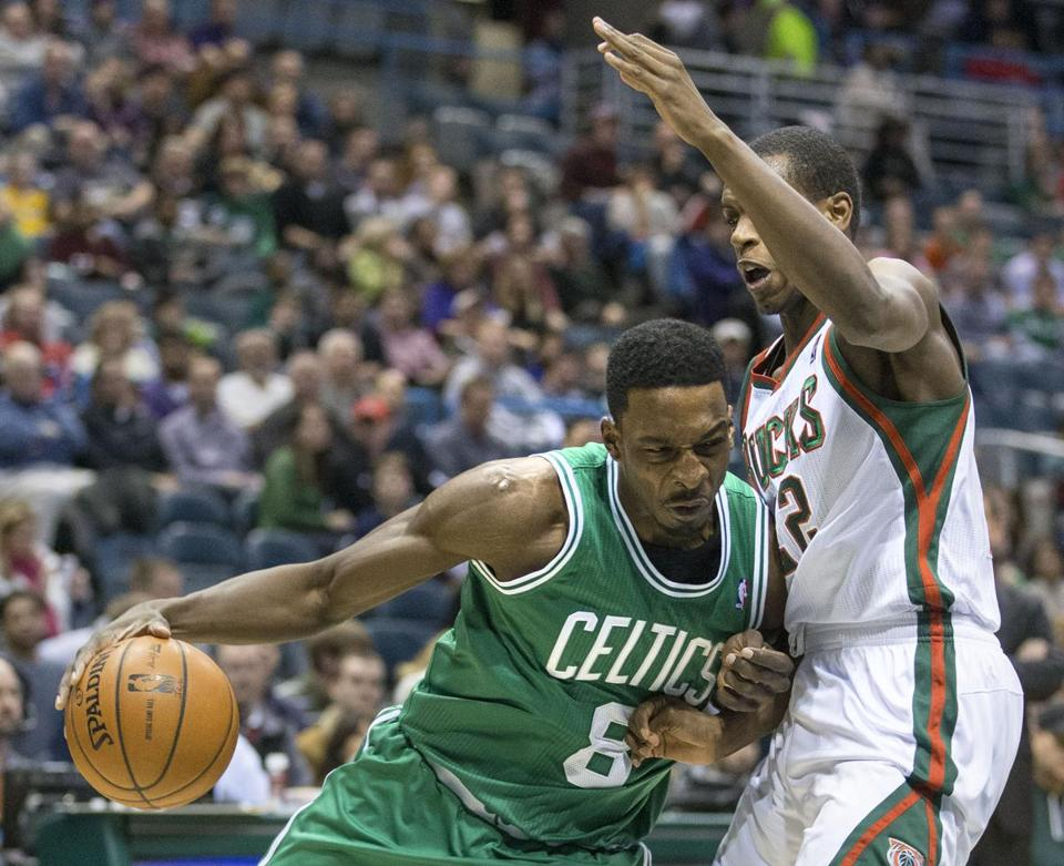 Jeff Green drove in on Milwaukee's Khris Middleton during the first half.