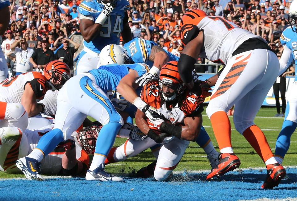 BenJarvus Green-Ellis ground out 92 yards and a touchdown on 20 carries to help power the blue-collar Bengals.