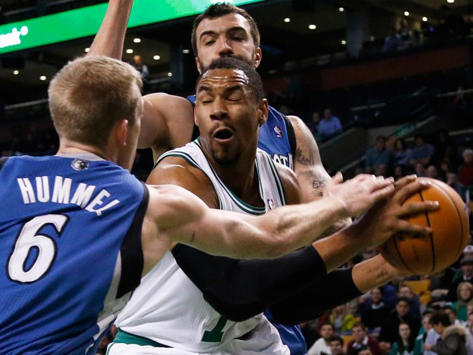 On Monday night, Jared Sullinger led Boston with 24 points, 11 rebounds, and 5 assists.