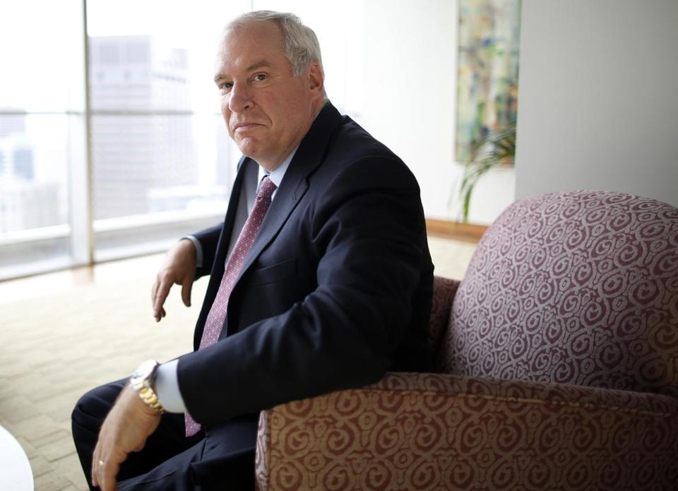 Boston Fed President Eric Rosengren said the unemployment rate remains too high for the Fed to scale back on its stimulus program.