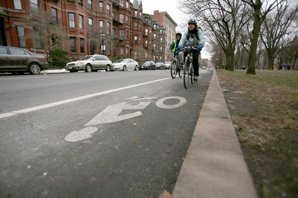 MassDOT's decision to allow city planners to use a  new traffic manual will lead to more separated bike lanes.