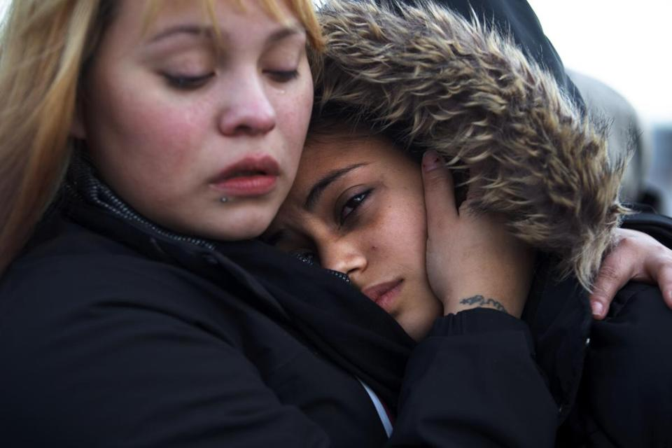 Stephanie Ruiz, left, comforted Nancy Garcia, whose mother, Aura Garcia, was crushed to death on the Andrew McArdle bridge.