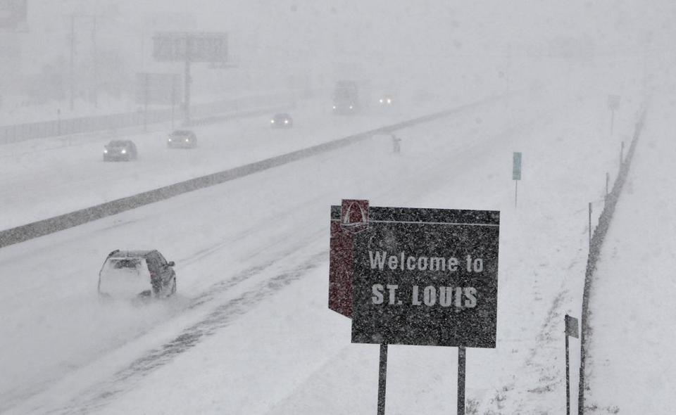 A few vehicles were on Interstate 44 in Fenton, Mo., Sunday.