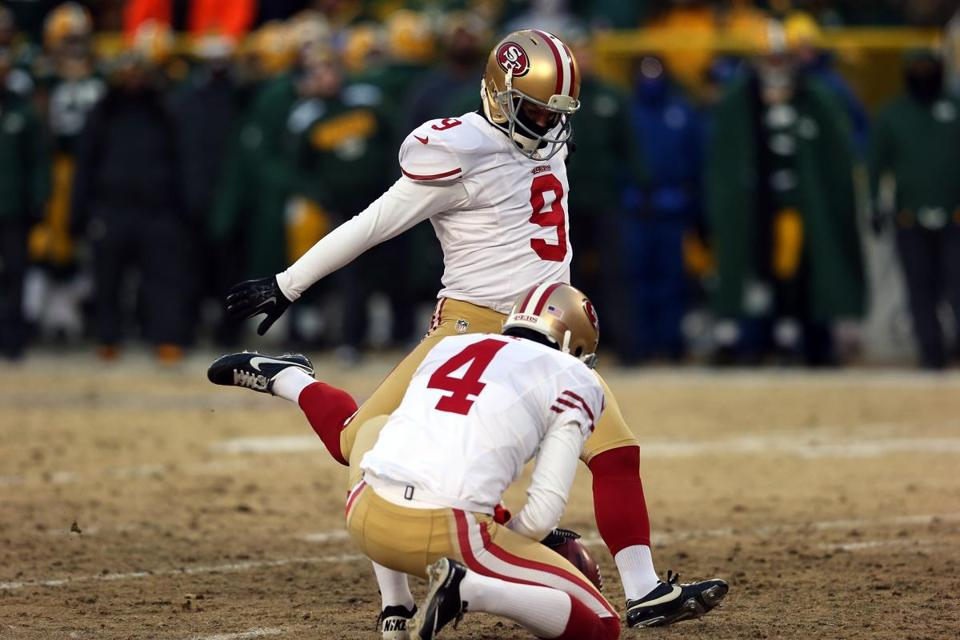 Phil Dawson kicked a field goal in the first quarter against the Packers. He went on to kick the game-winning field goal for the 49ers to edge Green Bay in their wild-card playoff game.