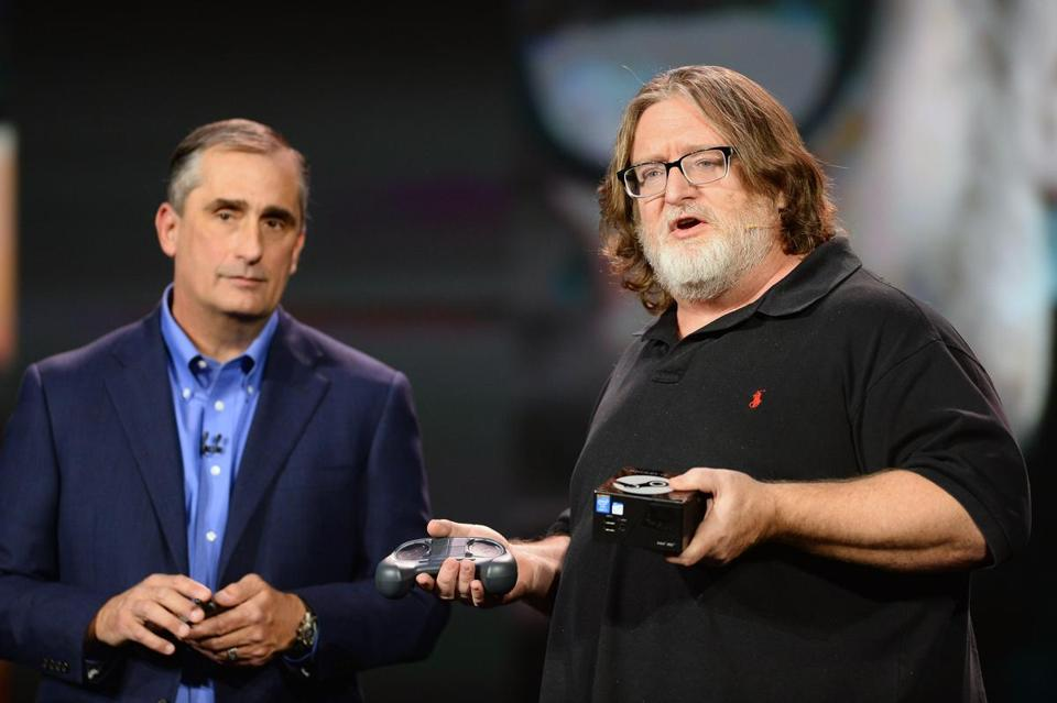 Brian Krzanich (left), chief executive of Intel, and Gabe Newell of video game developer Valve discussed new products Monday at a consumer technology trade show in Las Vegas.