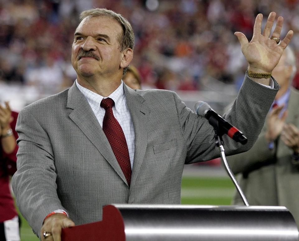 DAN DIERDORF: Familiar in Foxborough