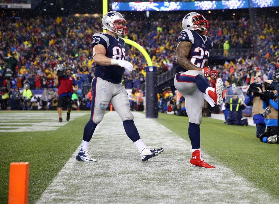 Without the support of tight ends like Matthew Mulligan, left, Stevan Ridley and the Patriots running backs would not have had as much success lately.