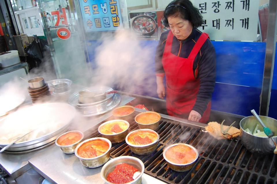 Street food plays a significant part in Seoul's culture and is popular with students after school and professionals after the workday ends, and on into the night.