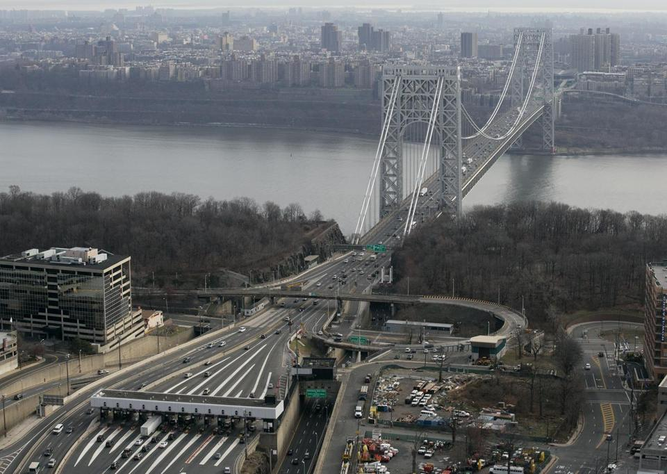 Lane closures on the George Washington Bridge have ignited a political firestorm.