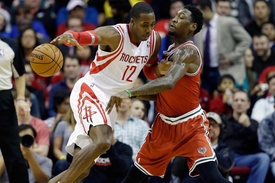 Dwight Howard is with a more talented team and his back and shoulder are completely healthy.