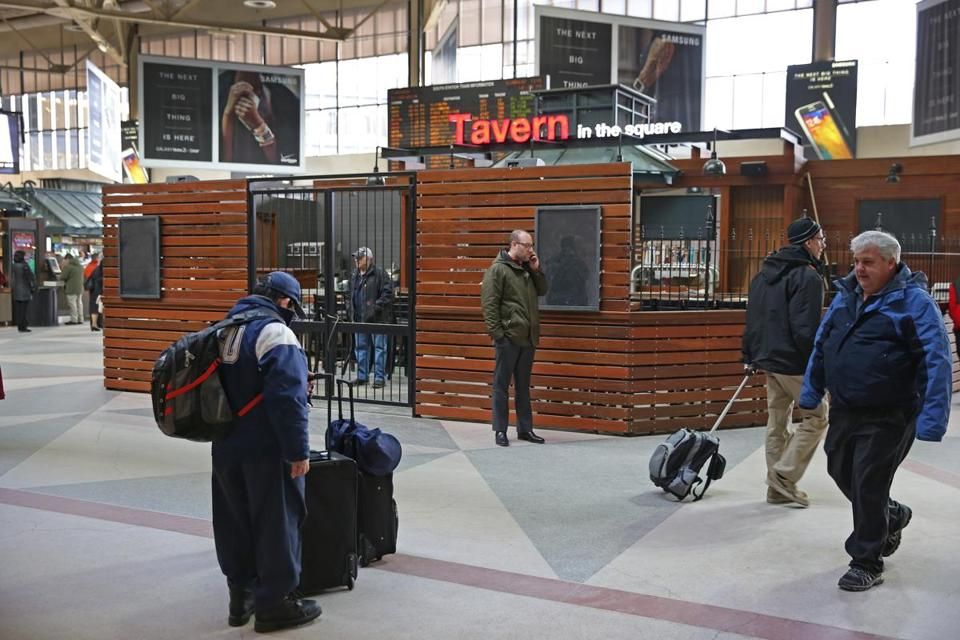 A brand new Tavern in the Square was expected to open early this week in the middle of the South Station atrium.