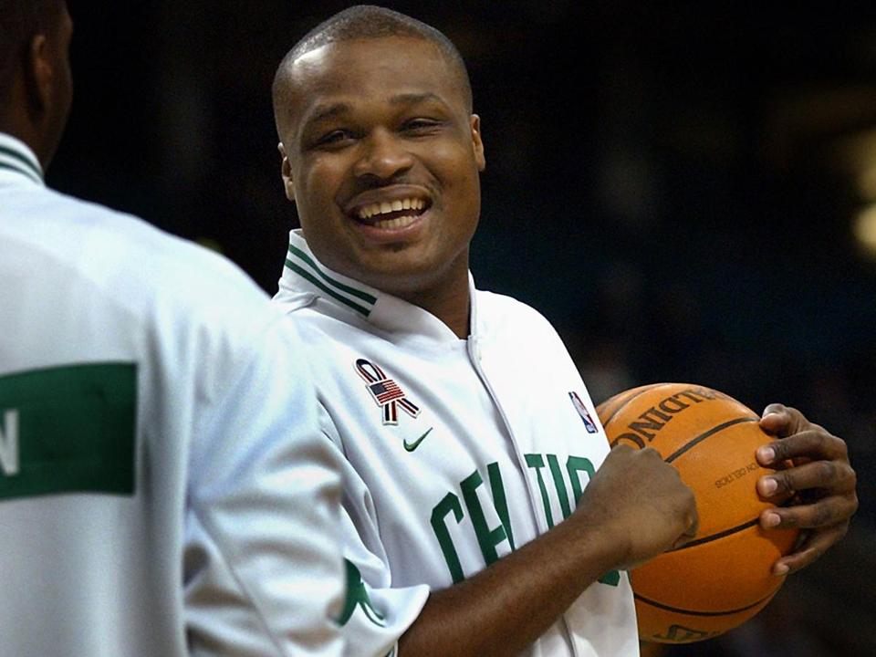 Former Celtics star Antoine Walker wants to make sure others don't make some of the mistakes he did.