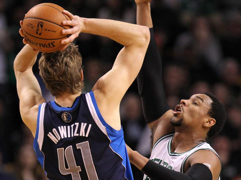 Dirk Nowitzki (20 points) was a tough test for Jared Sullinger.
