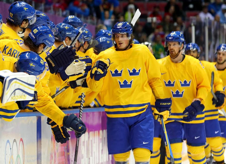 Loui Eriksson celebrated his goal with teammates in the third period against Slovenia.