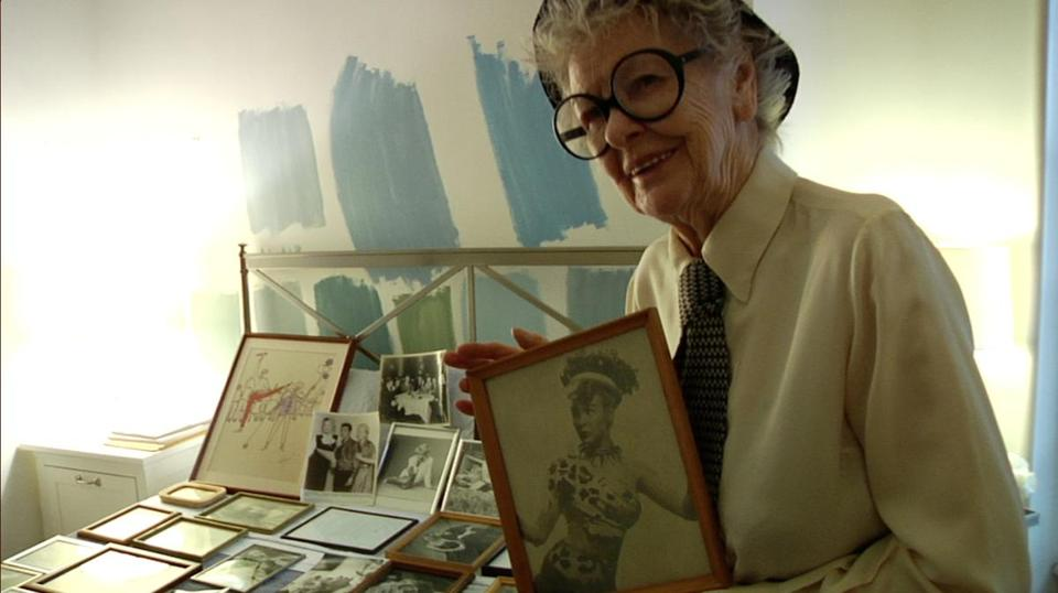 "Elaine Stritch in a scene from ""Elaine Stritch: Shoot Me,"" a documentary by first-time filmmaker Chiemi Karasawa."