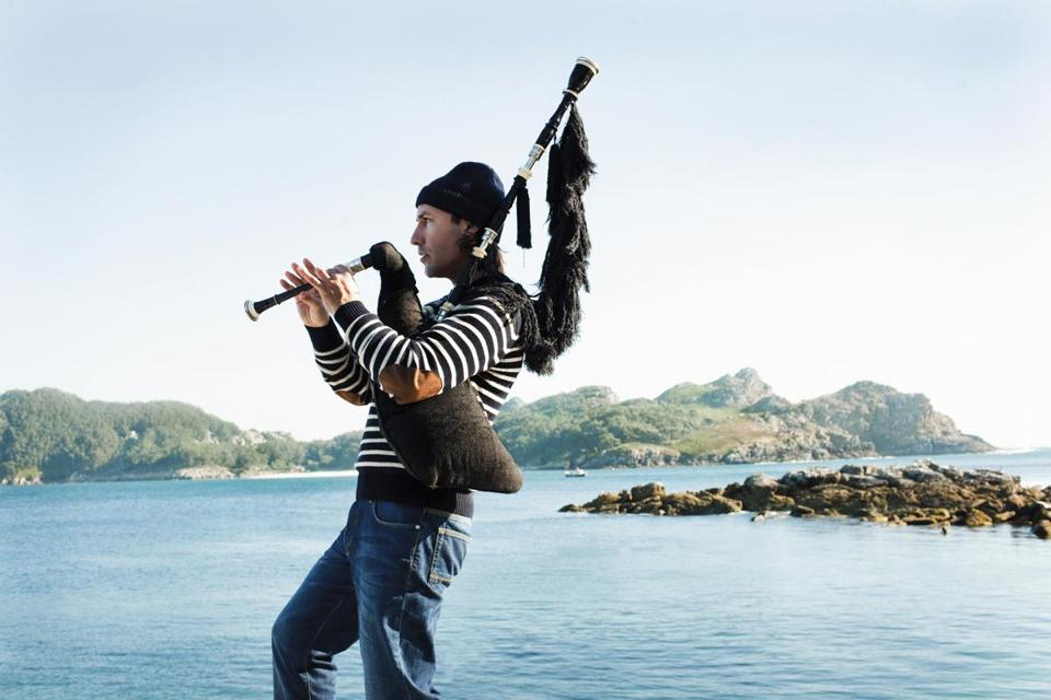 """The Jimi Hendrix of the bagpipes,"" Carlos Núñez."