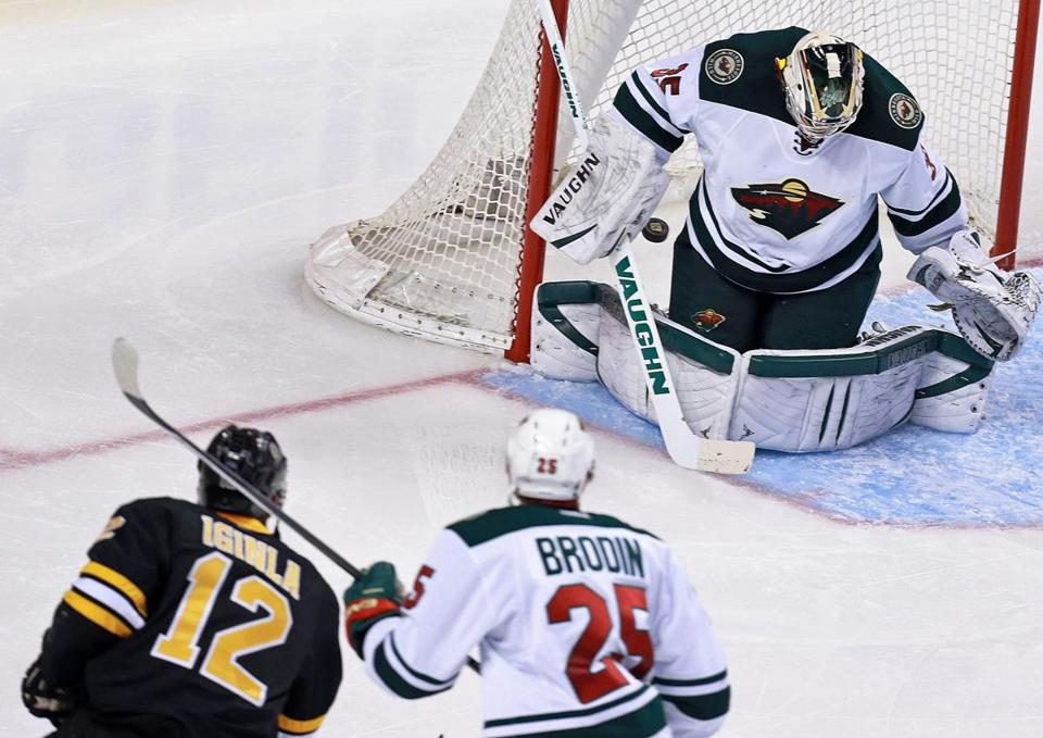 Jarome Iginla put the Bruins ahead 1-0 on this shot in the second period.