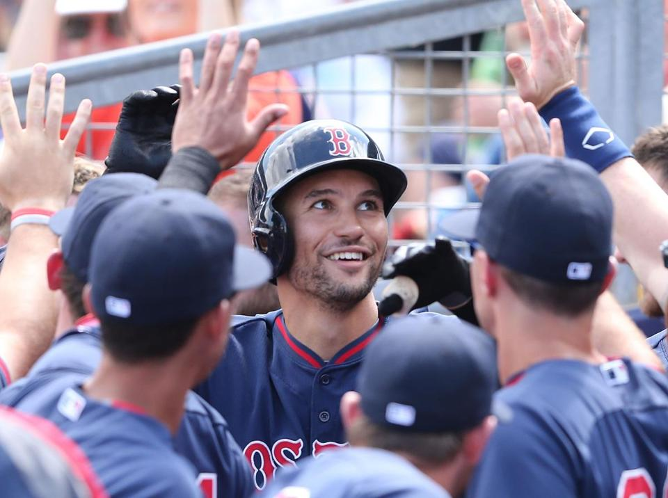 Grady Sizemore celebrated his home run with teammates.