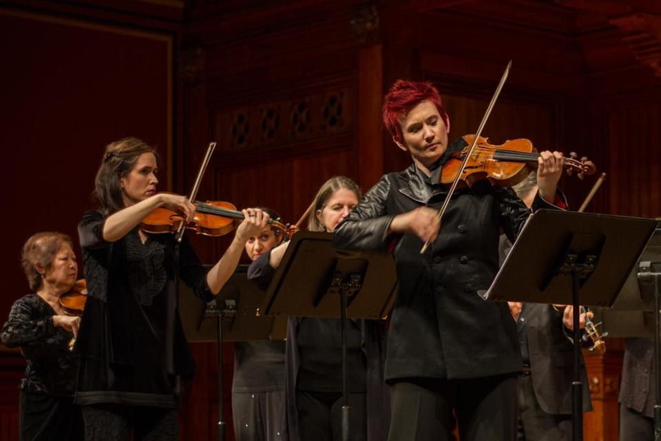 Aisslinn Nosky and the string players of the H&H period instrument ensemble Sunday at Sanders Theatre.