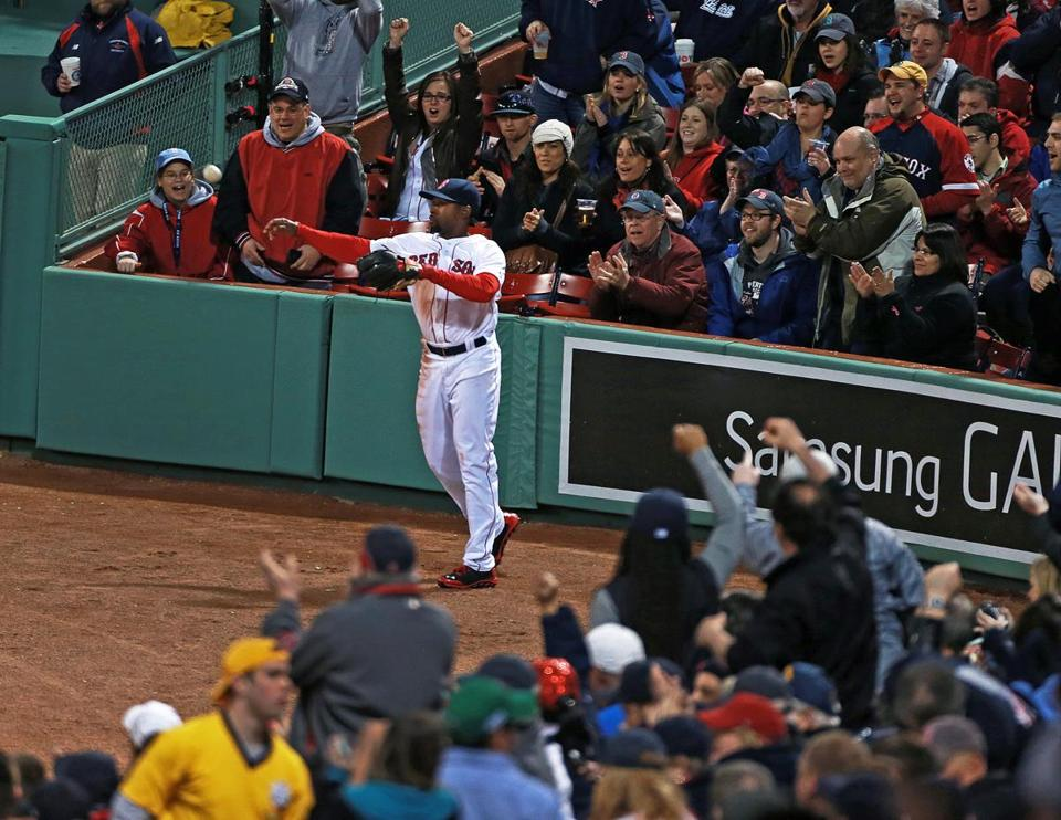 Right fielder Jackie Bradley Jr. fires the ball back to the infield after making a nice running catch in the third inning