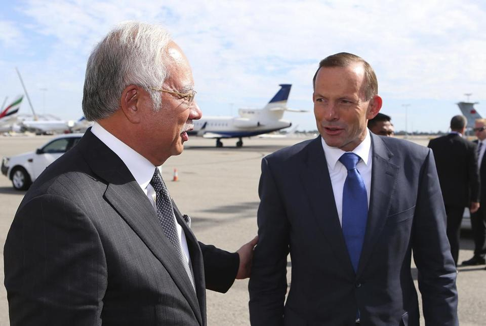 Australian Prime Minister Tony Abbott (right) spoke with his Malaysian counterpart, Najib Razak, earlier this month.