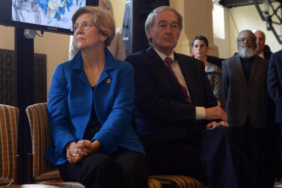 Senator Elizabeth Warren has higher approval ratings and is seen as a better representative and more effective than fellow Democrat Edward J. Markey, according to a new poll.