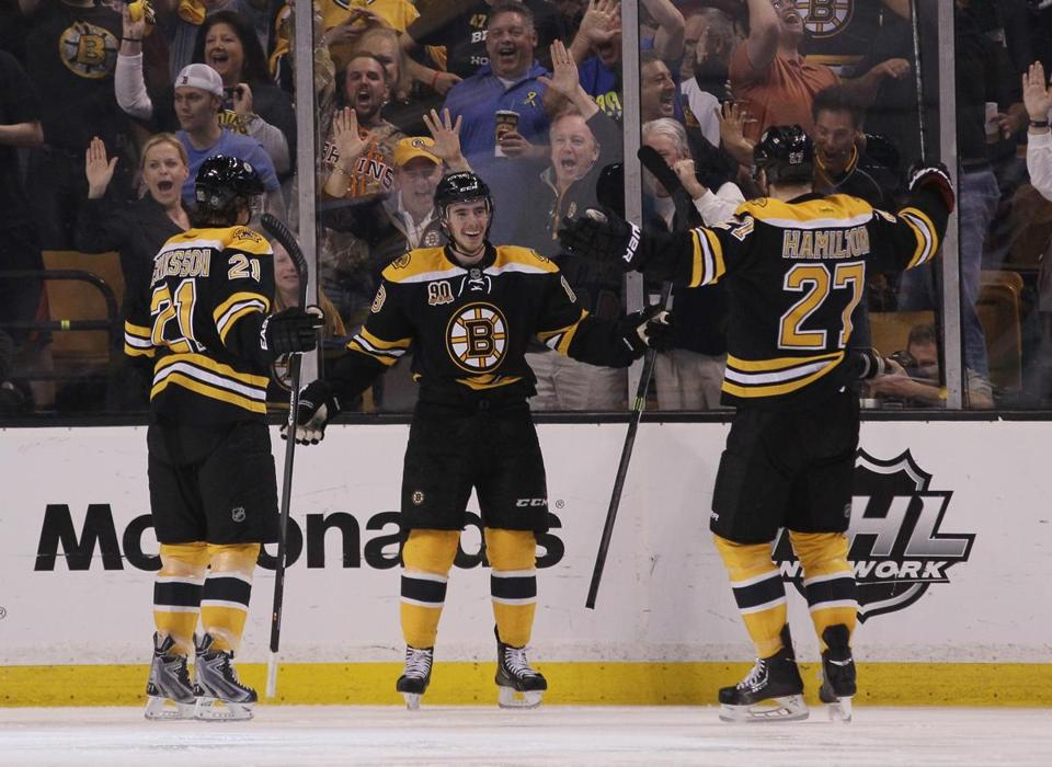 Reilly Smith (center) celebrated a goal against the Canadiens.