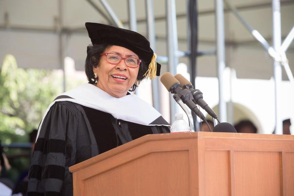 Ruth Simmons spoke at Smith College's 2014 commencement.