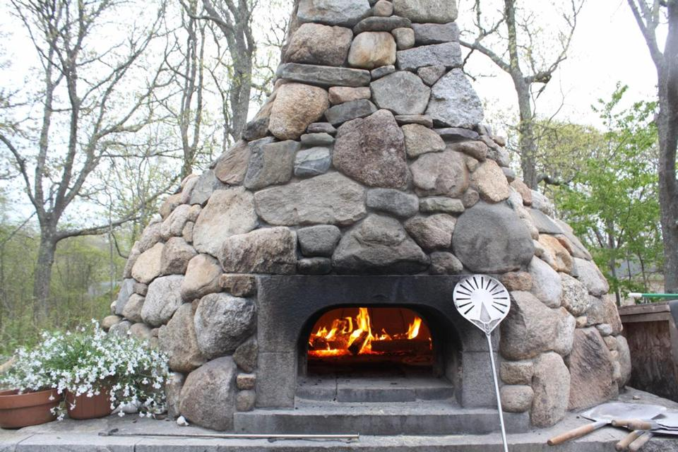 Aquinnah, Martha's Vineyard At the Orange Peel Bakery, breads and pizza are baked in this outdoor beehive oven. CREDIT: K. Ruppel (cq)