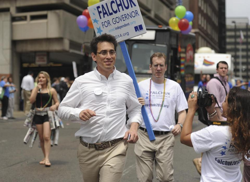 Evan Falchuk, independent candidate for governor, took part on the Boston Pride Parade.