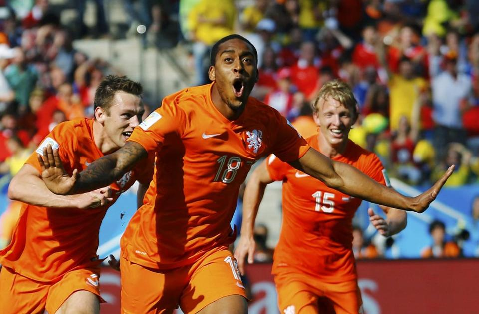 Leroy Fer's late goal gave the Netherlands the lead for good.  Ivan Alvarado/REUTERS