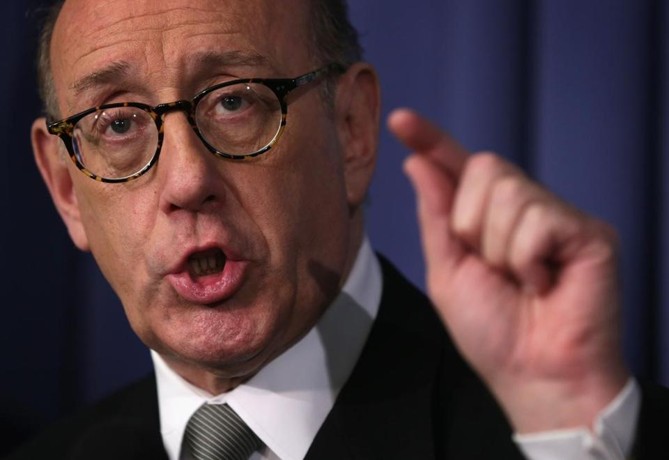 Compensation expert Kenneth Feinberg will administer General Motors's plan for victims.