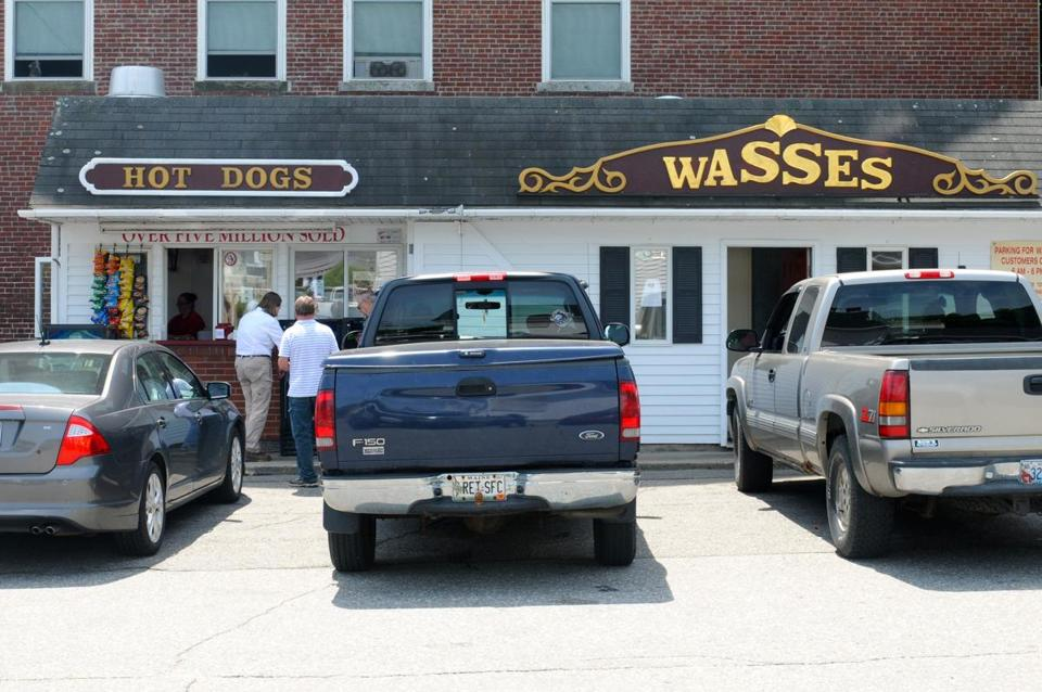 Near to the ferry terminal, Wasses is Rockland's tube steak palace.