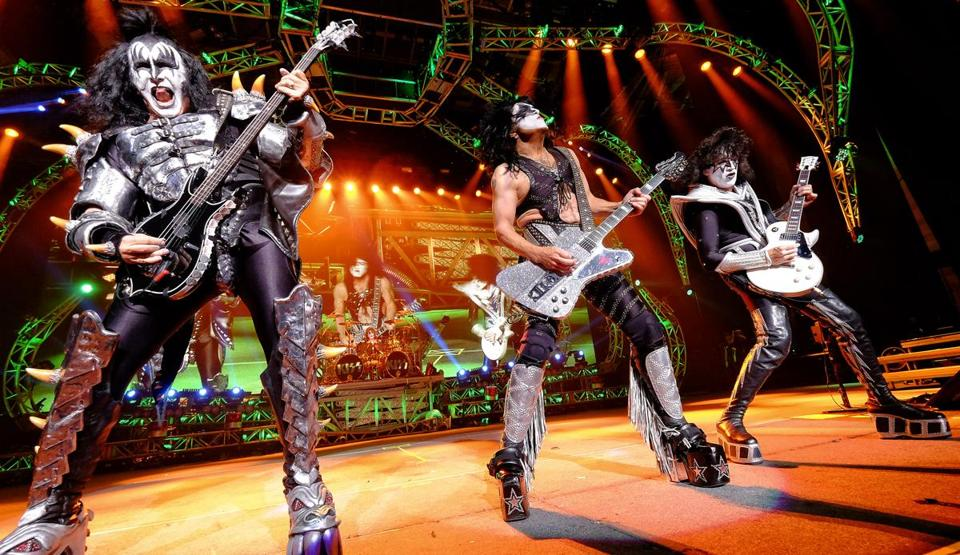 7.4.709909633_LIfestyle_04kiss The American rock band KISS performs at the Xfinity Center in Mansfield, Mass., Friday, August 1, 2014. (Robert E. Klein for the Boston Globe)