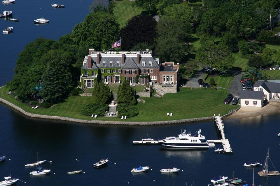 Mark Wahlberg looking to buy in Cohasset? - The Boston Globe Mark Wahlberg Racist