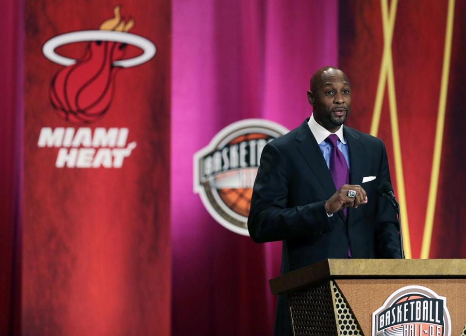 Seven-time All-Star Alonzo Mourning speaks at his induction ceremony Friday night. (AP Photo/Charles Krupa)