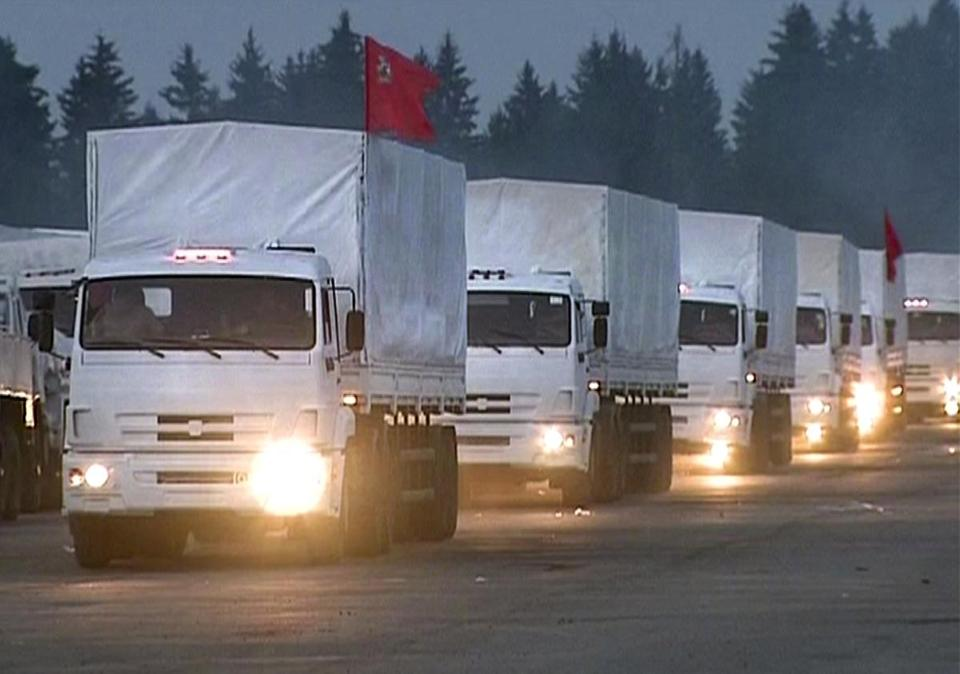 The convoy of 280 Russian trucks headed for eastern Ukraine early Tuesday, one day after agreement was reached on an international humanitarian relief mission. But the international Red Cross, which is due to coordinate the operation, said it had no information on what the trucks were carrying or where they were going.
